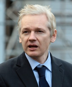 julian-assange-speaks-to-media-after-gaining-extended-bail-200-249x300
